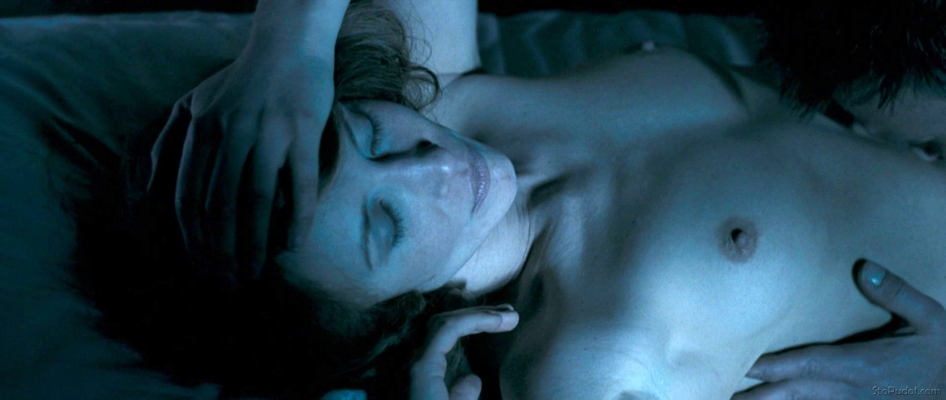 Vera Farmiga nude hacked photos - UkPhotoSafari