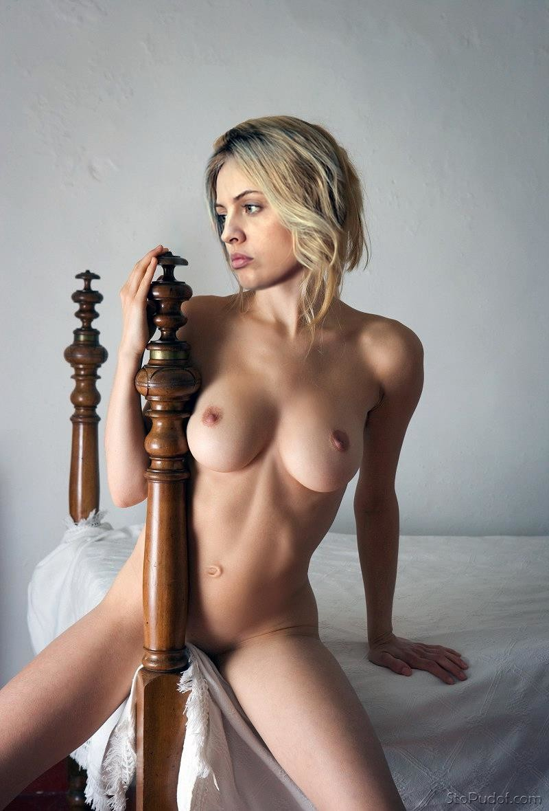 Yanina Studilina naked photo free - UkPhotoSafari