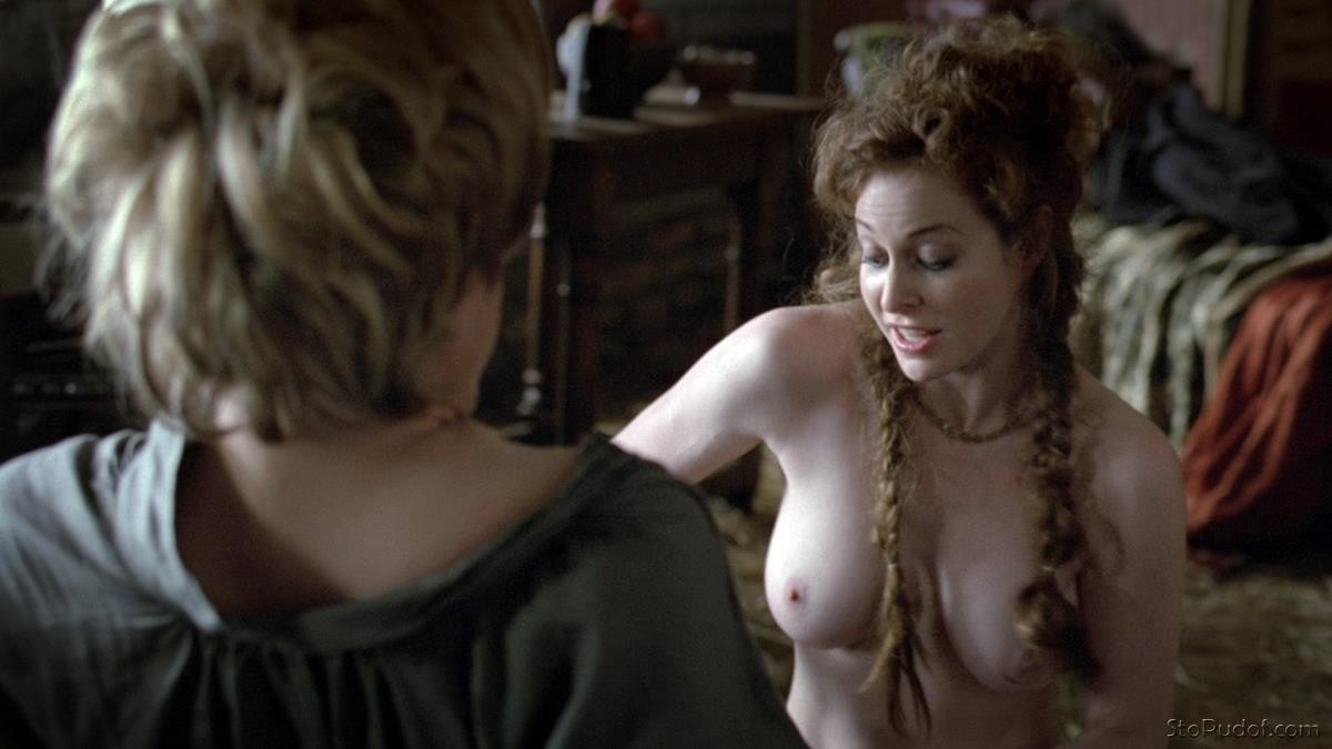 celebrity leaked nude photos Esmé Bianco - UkPhotoSafari