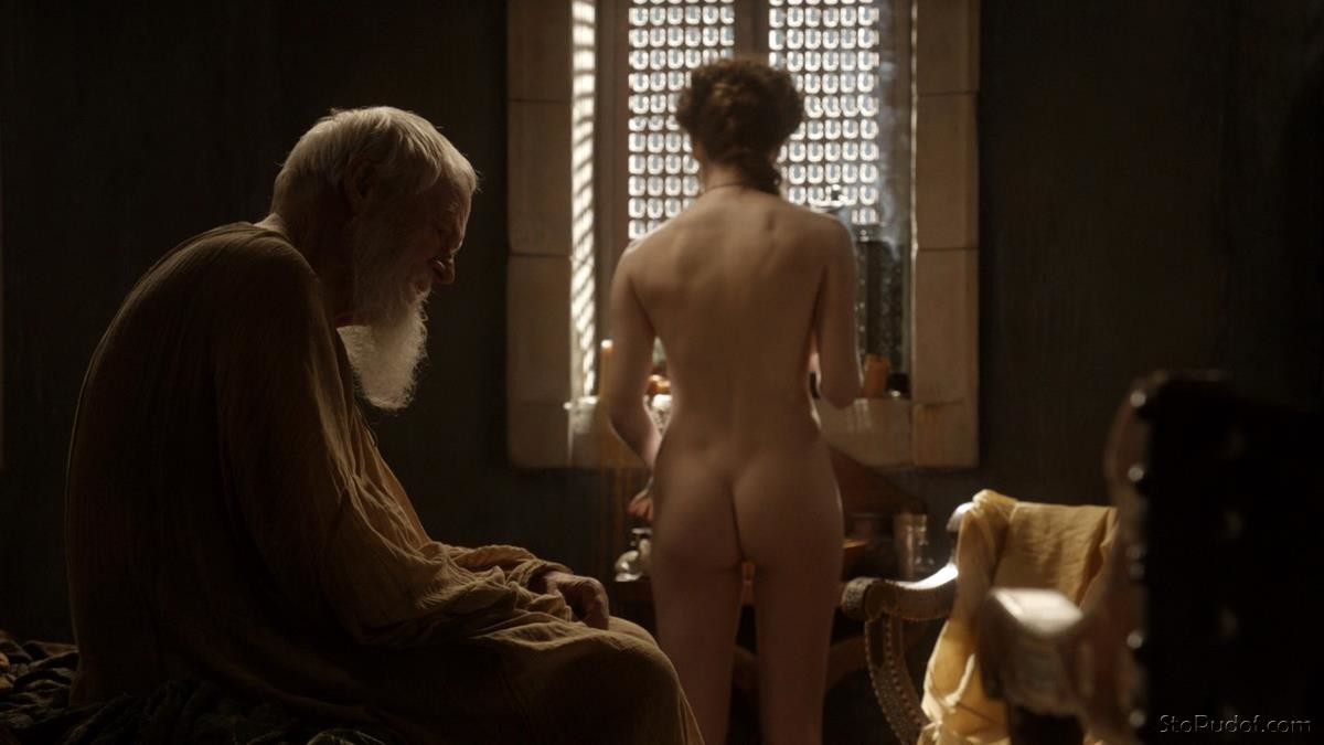 celebrity nude photos hacked Esmé Bianco - UkPhotoSafari