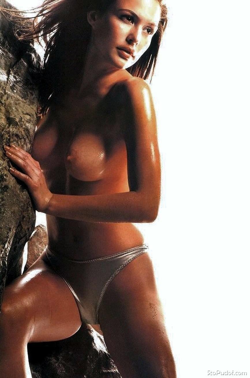 josie maran naked