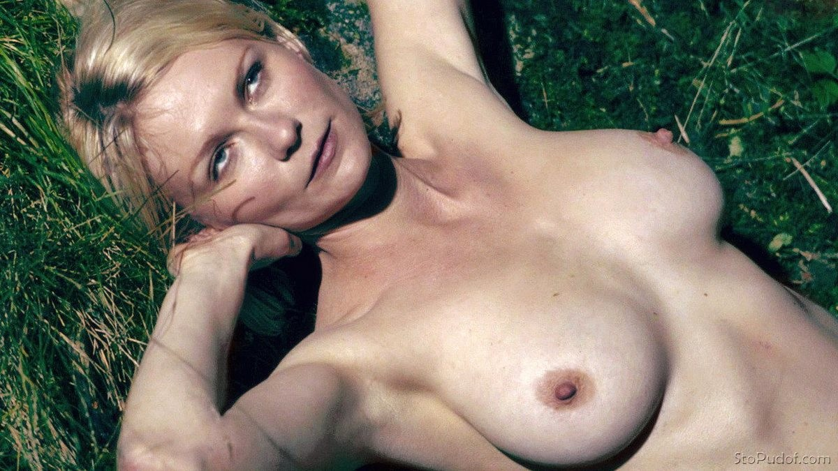 free nude photos of Kirsten Dunst - UkPhotoSafari