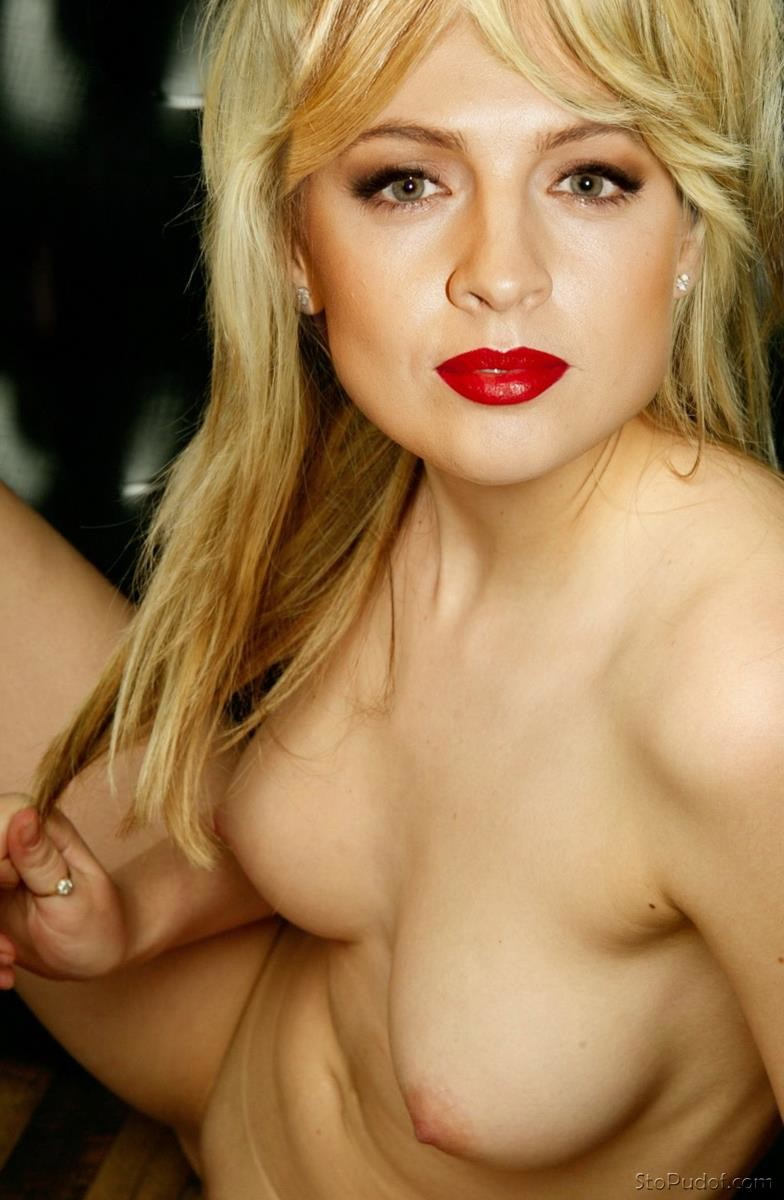 hacked photos of Yanina Studilina nude - UkPhotoSafari