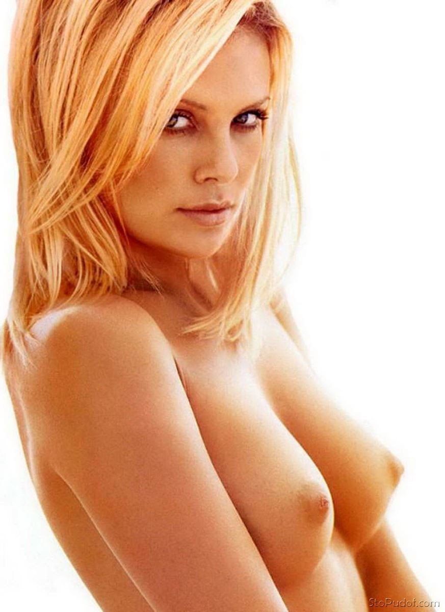 has Charlize Theron nude - UkPhotoSafari