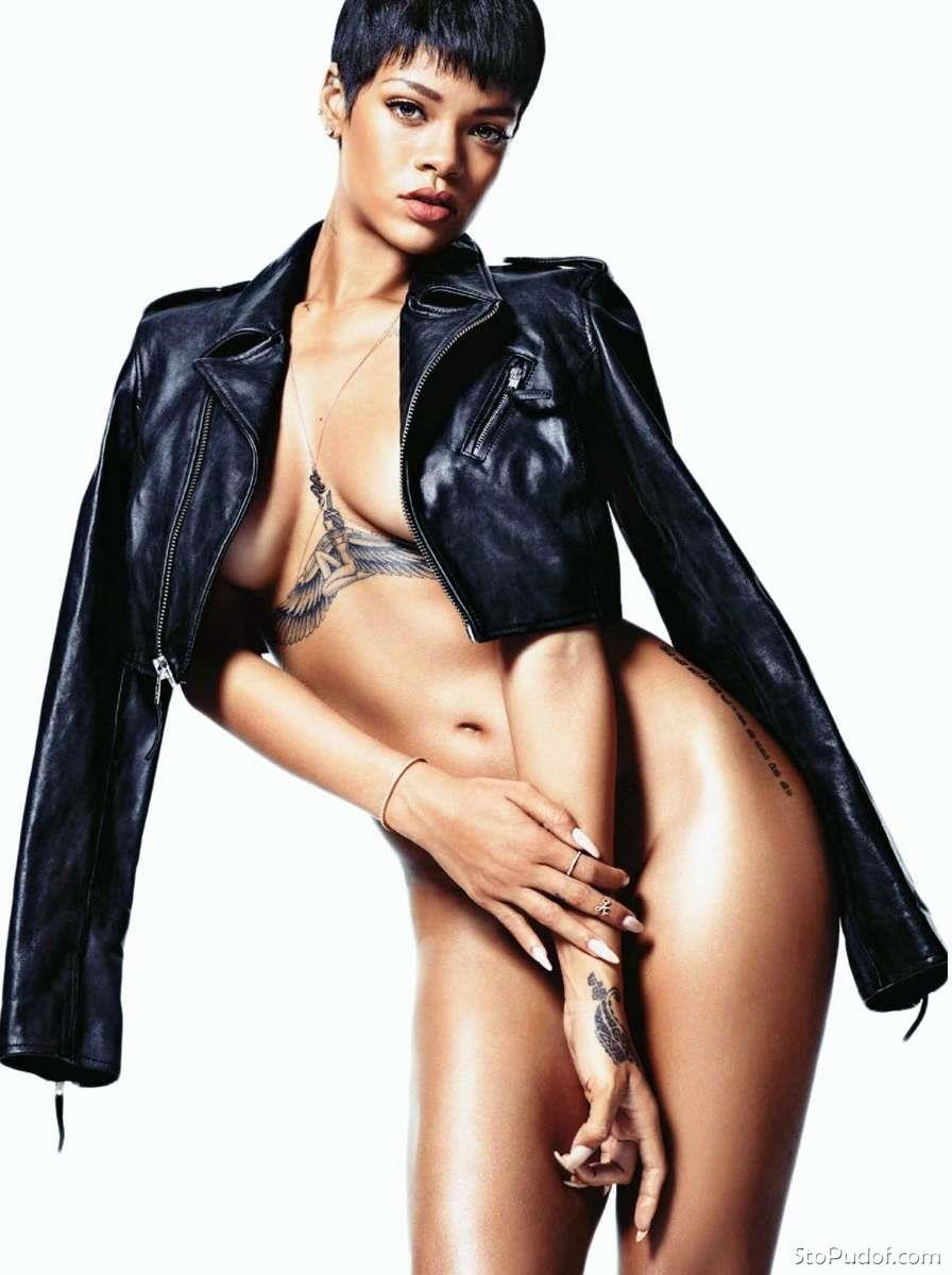 Rihanna naked ass fakes commit error