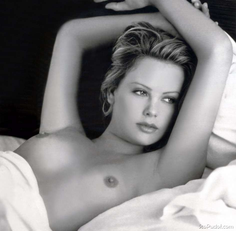 i want to see Charlize Theron nude pictures - UkPhotoSafari