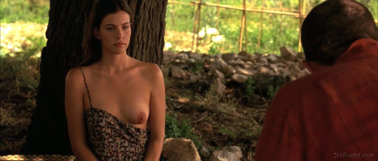 i want to see Liv Tyler naked pictures - UkPhotoSafari