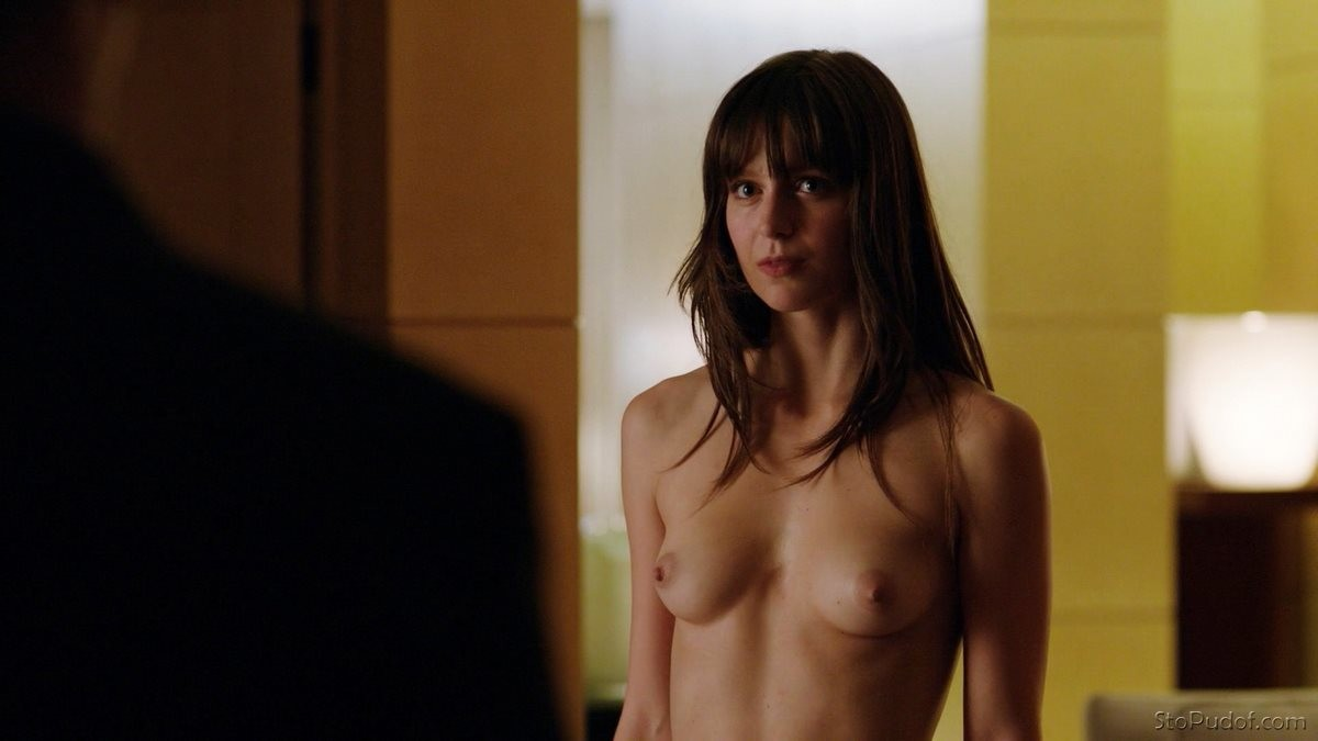 i want to see Melissa Benoist naked photos - UkPhotoSafari