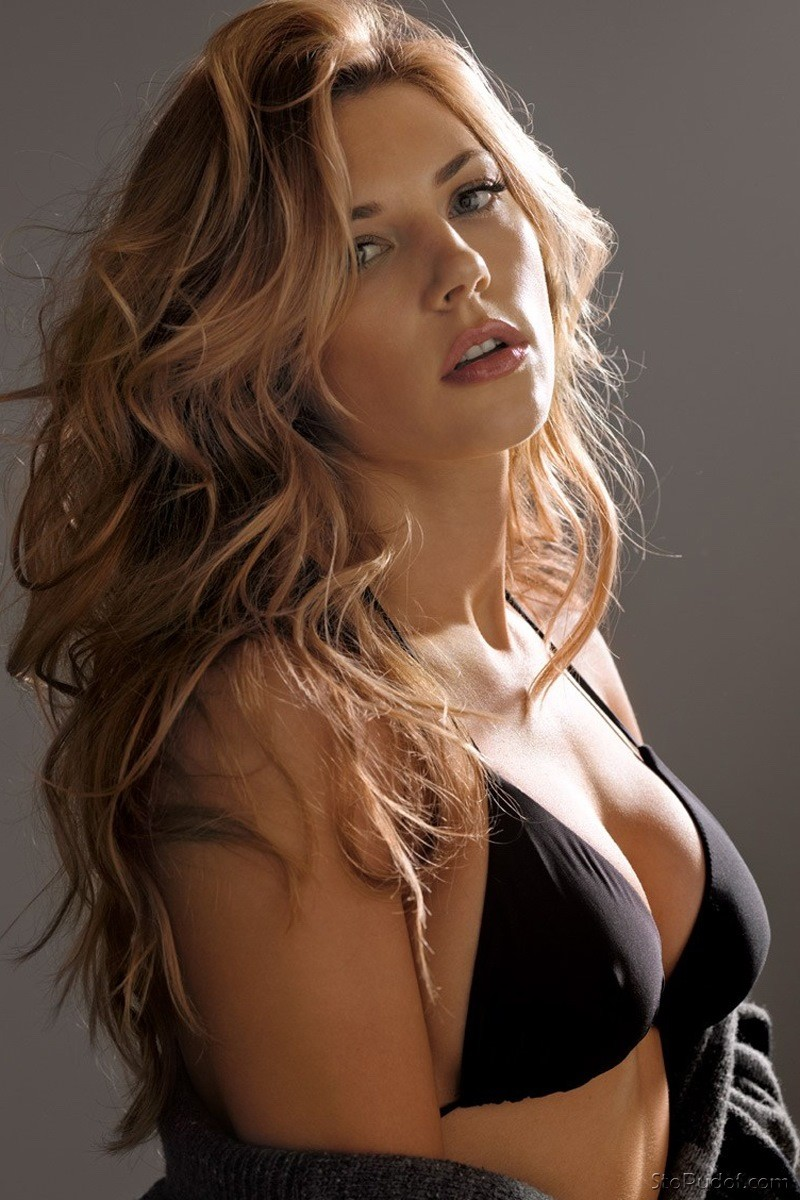 images Katheryn Winnick nude photos - UkPhotoSafari