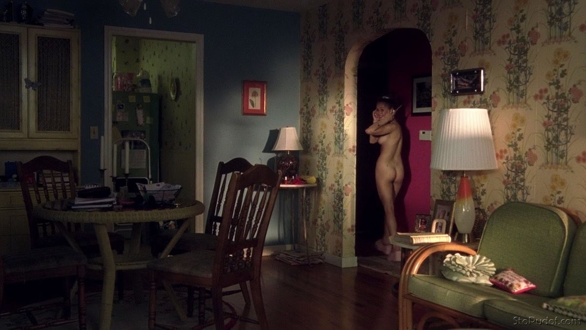 xxgifs first time nude