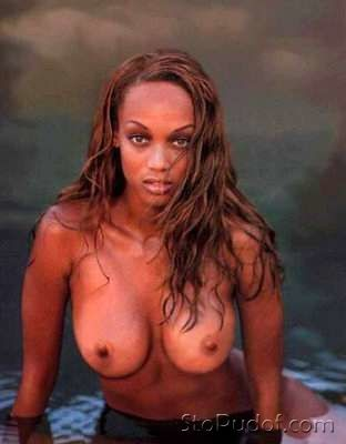 link to nude photos of Tyra Banks - UkPhotoSafari