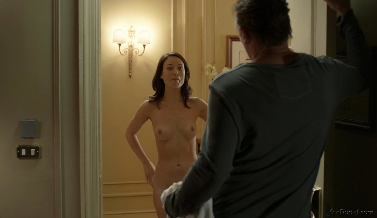 look at Olivia Wilde nude photos - UkPhotoSafari