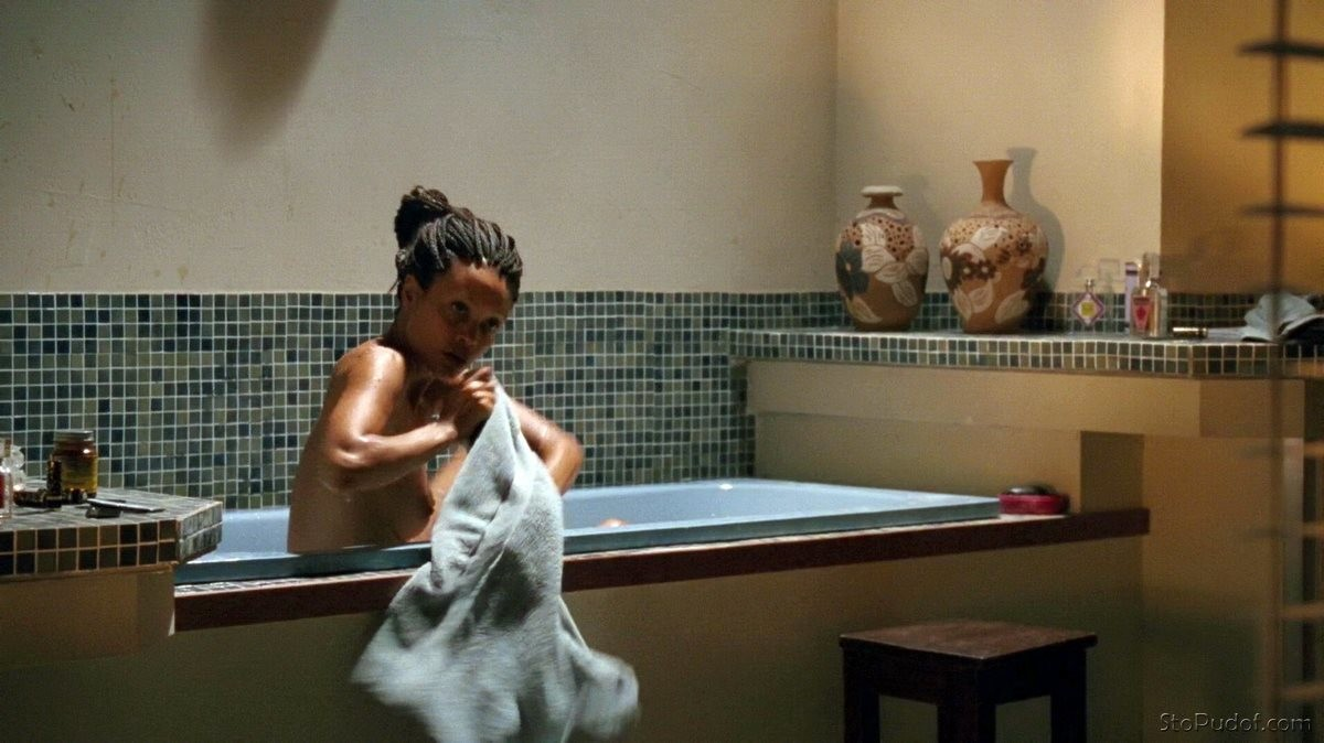 look at Thandie Newton nude photos - UkPhotoSafari