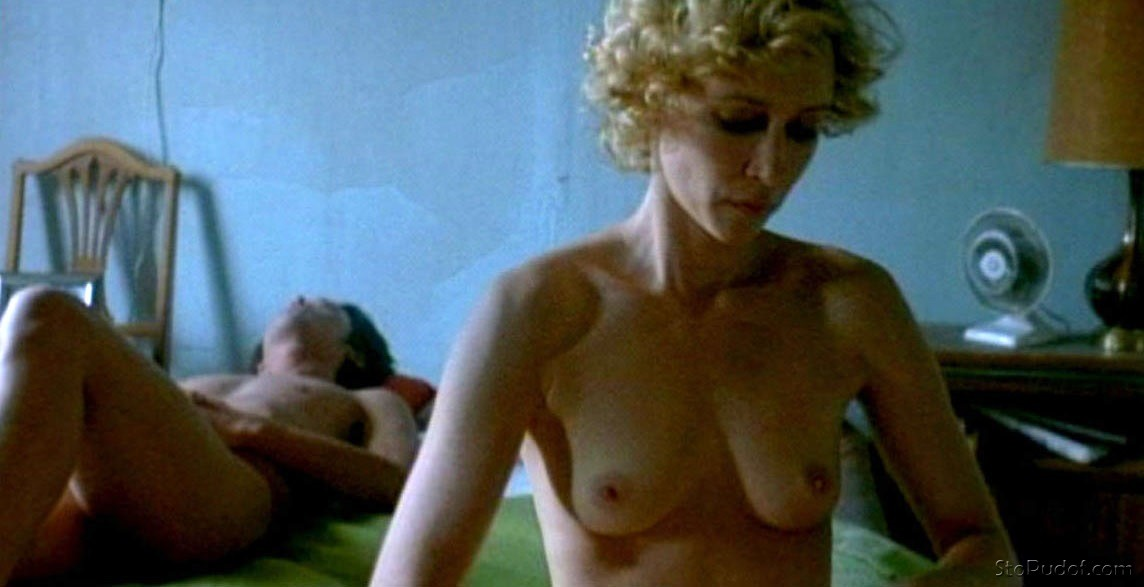 look at Vera Farmiga nude photos - UkPhotoSafari