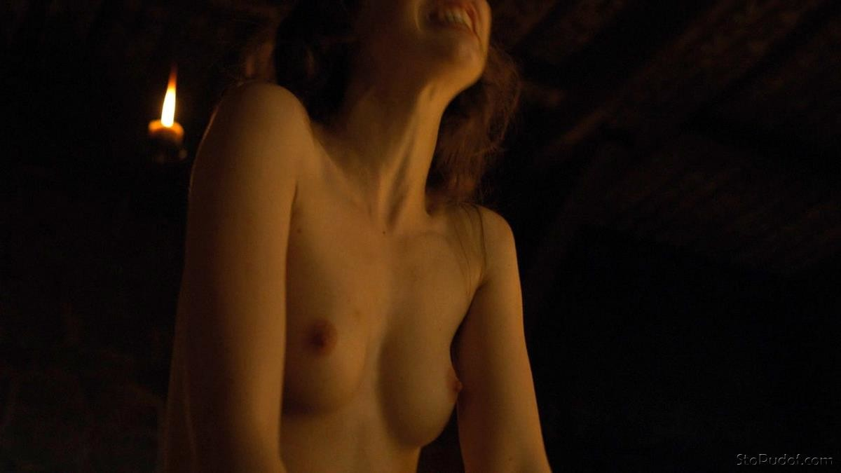 naked Charlotte Hope photos leaked - UkPhotoSafari