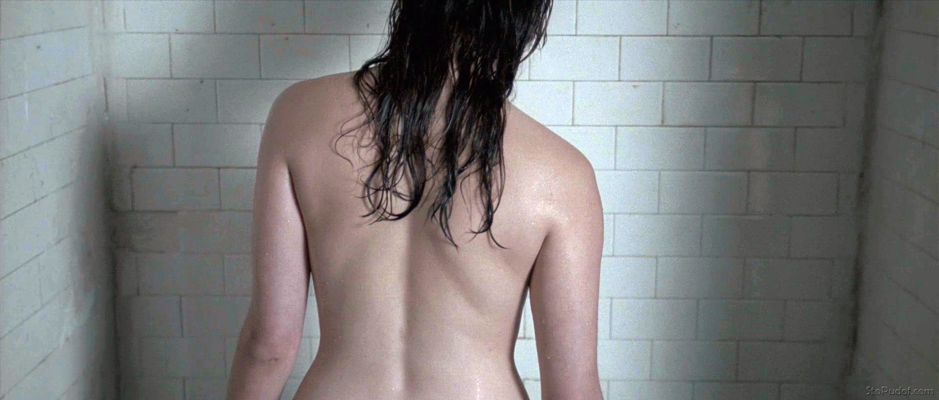 naked Rebecca Hall view - UkPhotoSafari