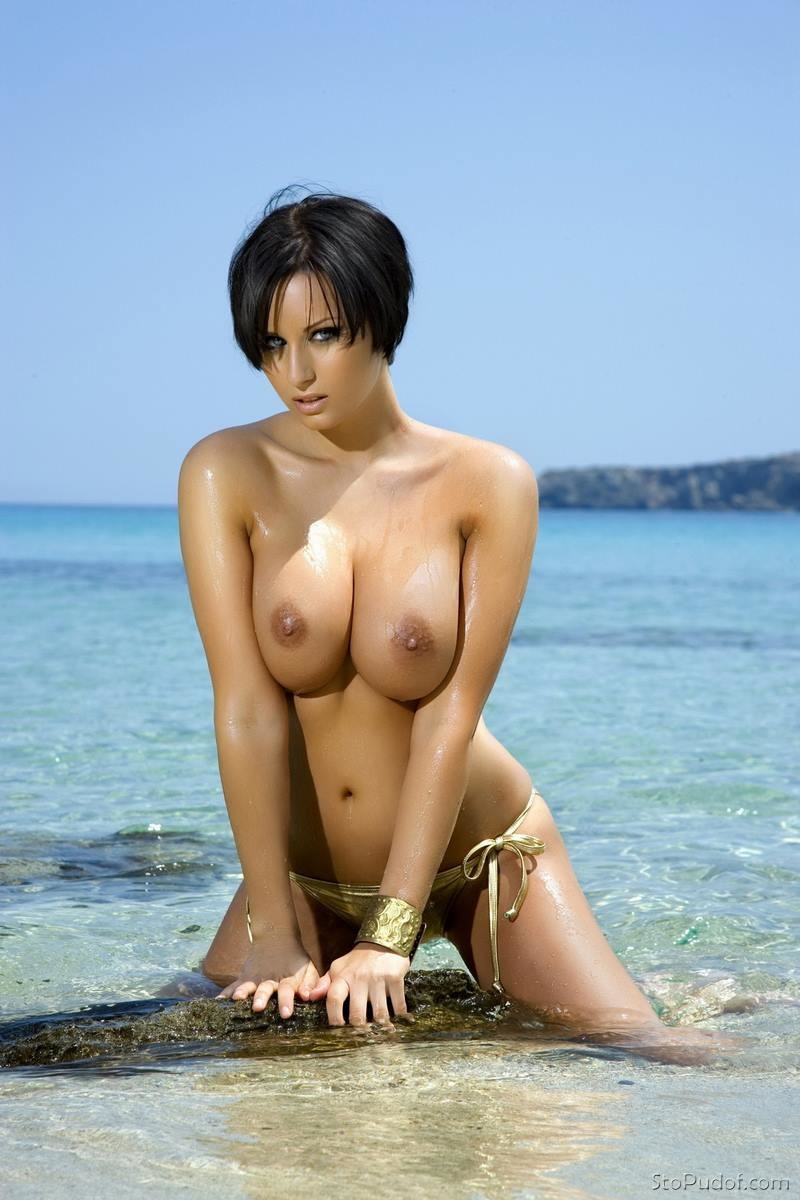naked Sammy Braddy nude pictures - UkPhotoSafari