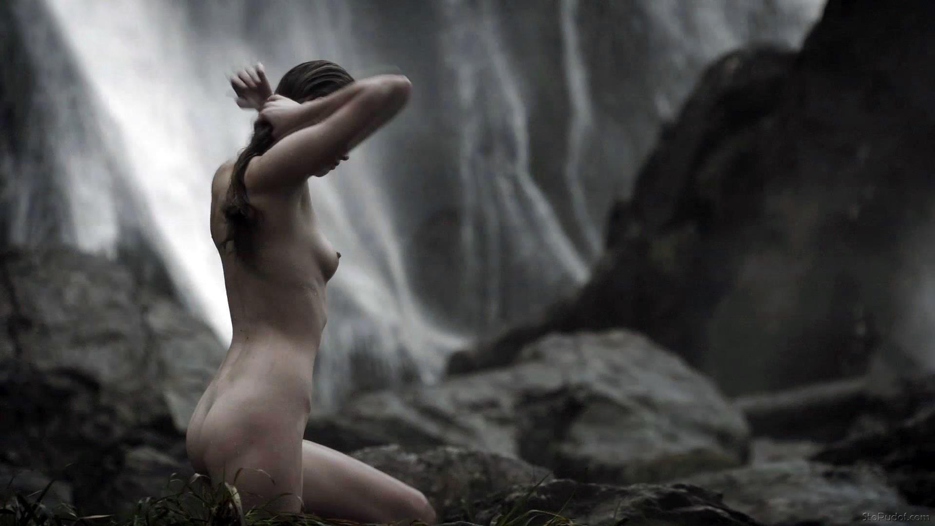 Karen Hassan Nude Vikings