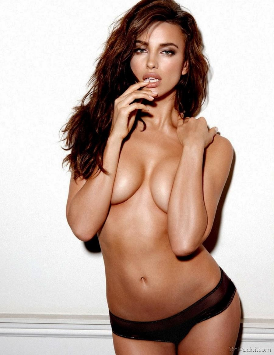 naked photos of Irina Shayk naked - UkPhotoSafari