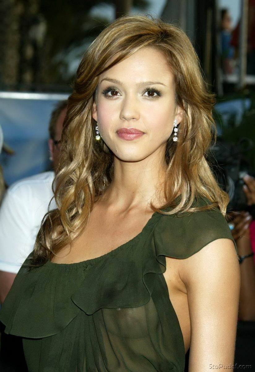 naked photos of Jessica Alba and jennifer lawrence - UkPhotoSafari