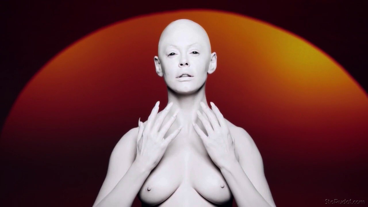 naked pics Rose McGowan - UkPhotoSafari