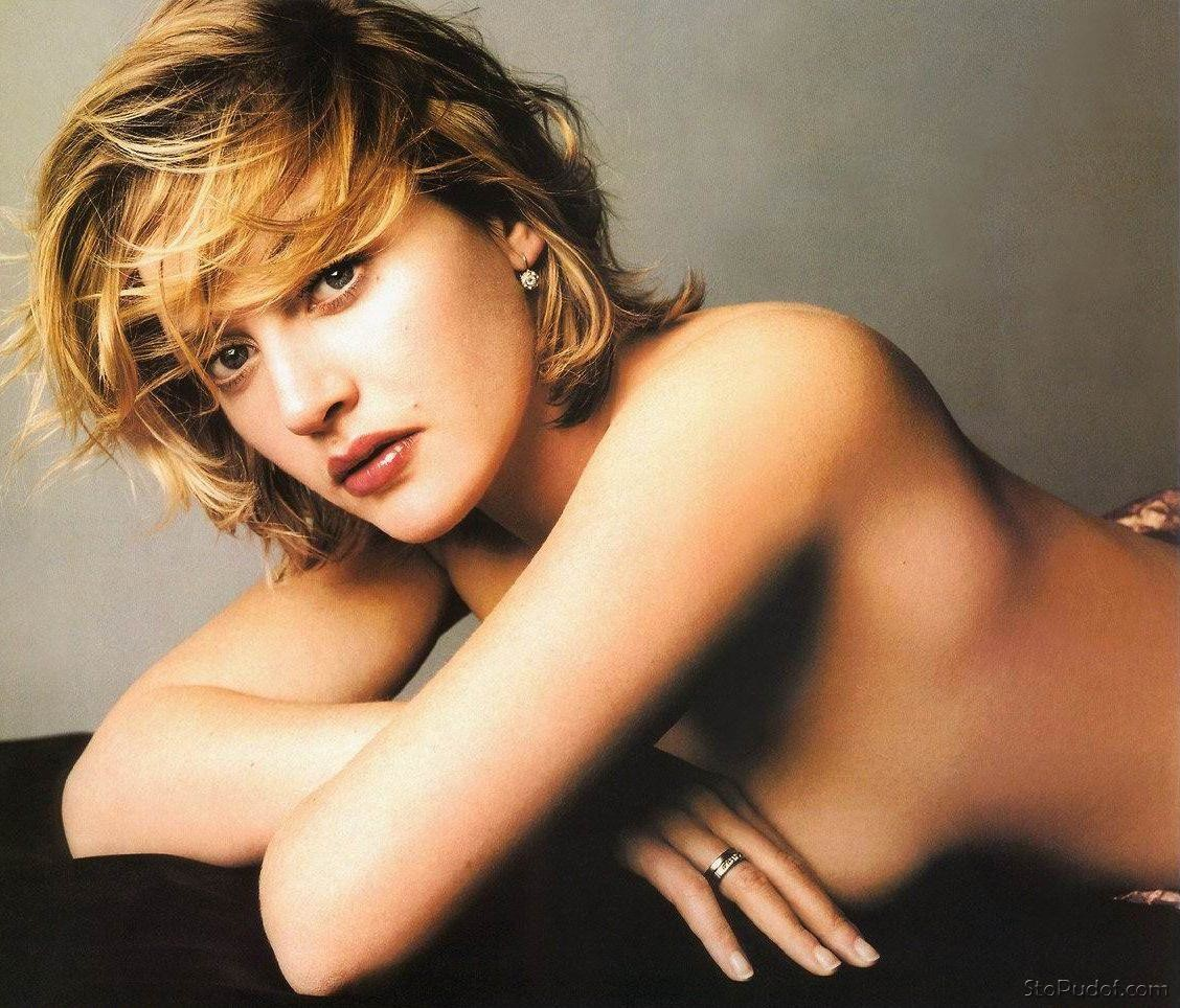 new naked pics of Kate Winslet - UkPhotoSafari