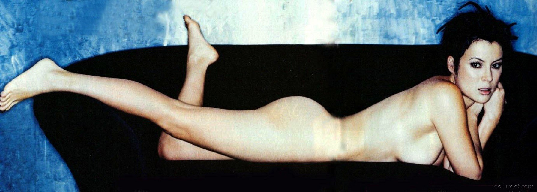 Jennifer Tilly Nudes 59