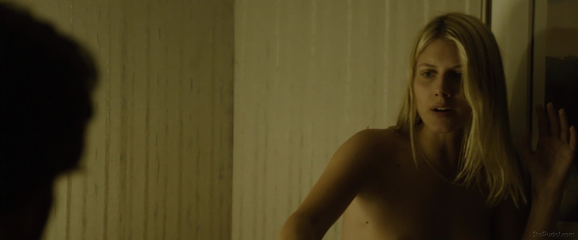 new nude Melanie Laurent - UkPhotoSafari
