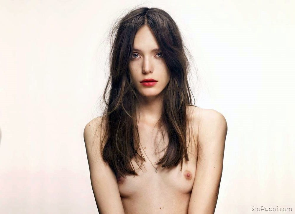 new nude Stacy Martin photos - UkPhotoSafari