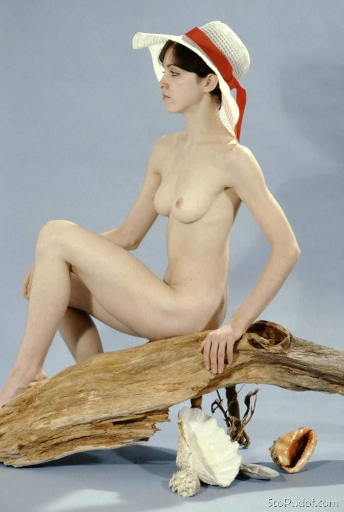 new nude photos Madonna - UkPhotoSafari
