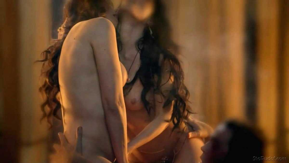 nude Lucy Lawless leaked pictures - UkPhotoSafari