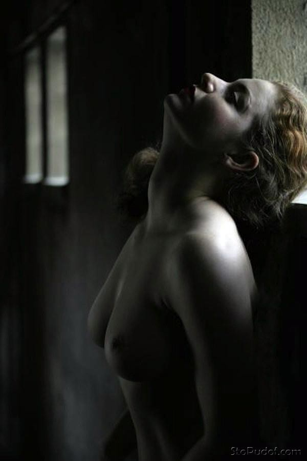 nude leaked Esmé Bianco photos - UkPhotoSafari