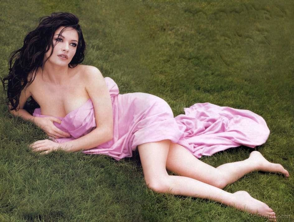 nude leaked pics Catherine Zeta Jones - UkPhotoSafari