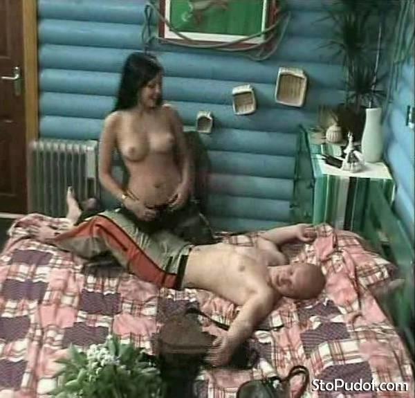 порно видео в доме два ночью было, что свинка