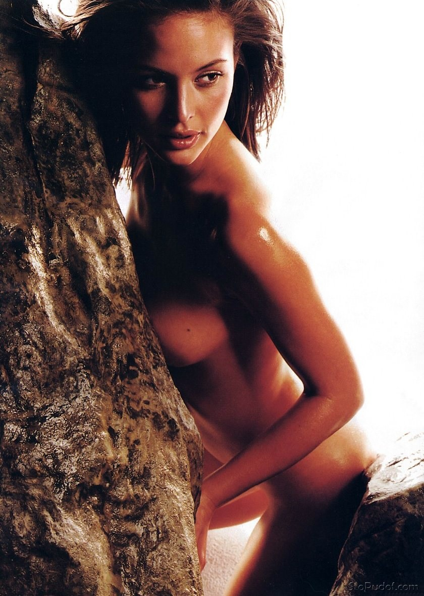 nude photos of Josie Maran uncensored - UkPhotoSafari