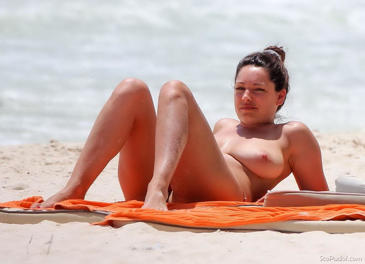 nude photos of Kelly Brook icloud - UkPhotoSafari
