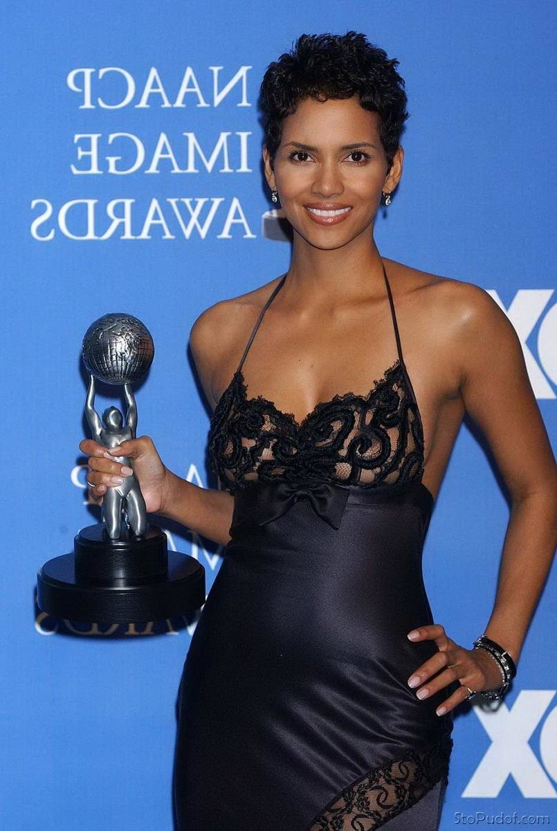 nude pics of Halle Berry leaked - UkPhotoSafari