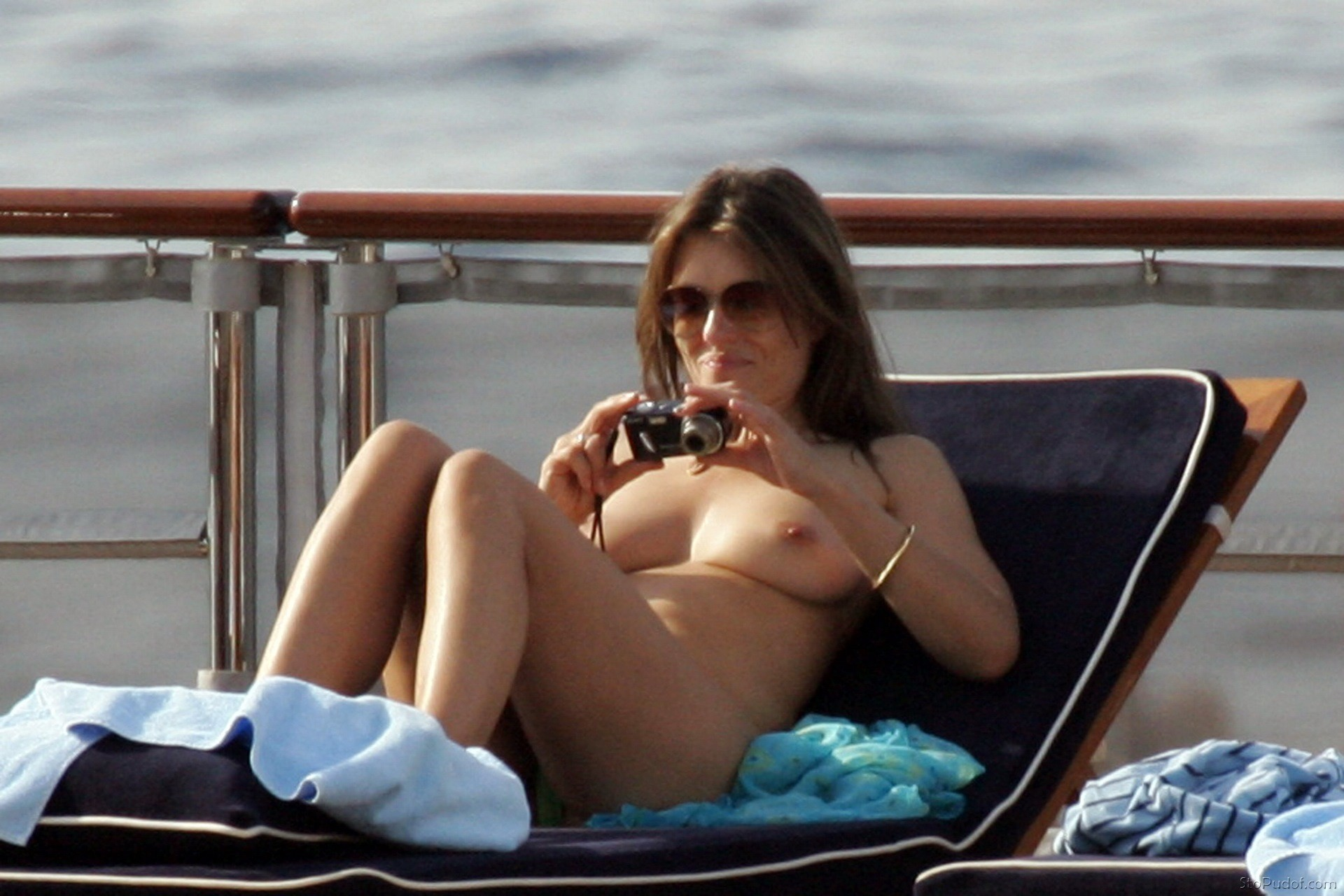Nude celebrity video paparazzi