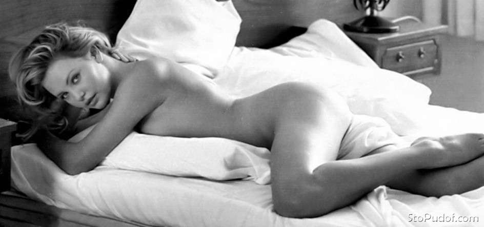 nude pictures leaked of Charlize Theron - UkPhotoSafari