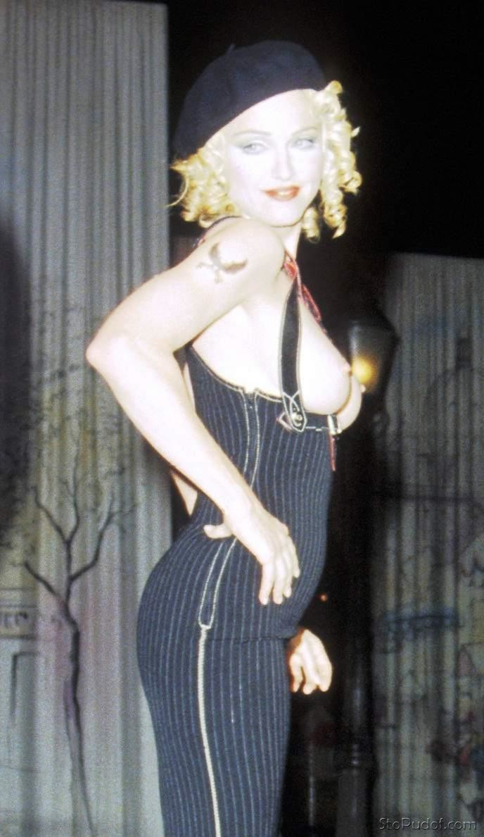 nude pictures leaked of Madonna - UkPhotoSafari