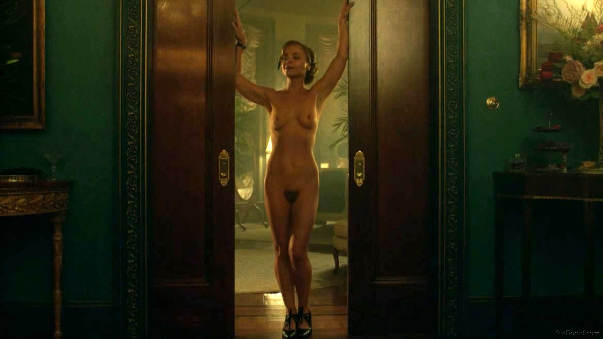 nude pictures of Christina Ricci - UkPhotoSafari