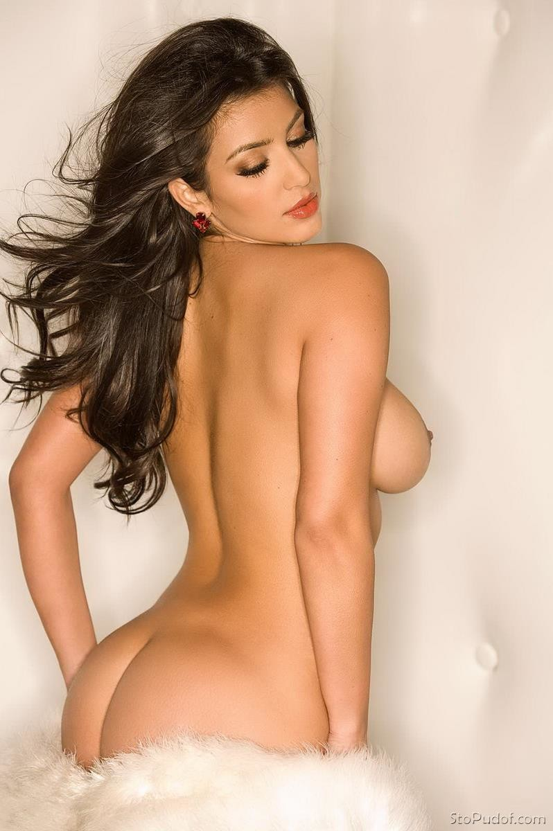 picture of Kim Kardashian naked - UkPhotoSafari