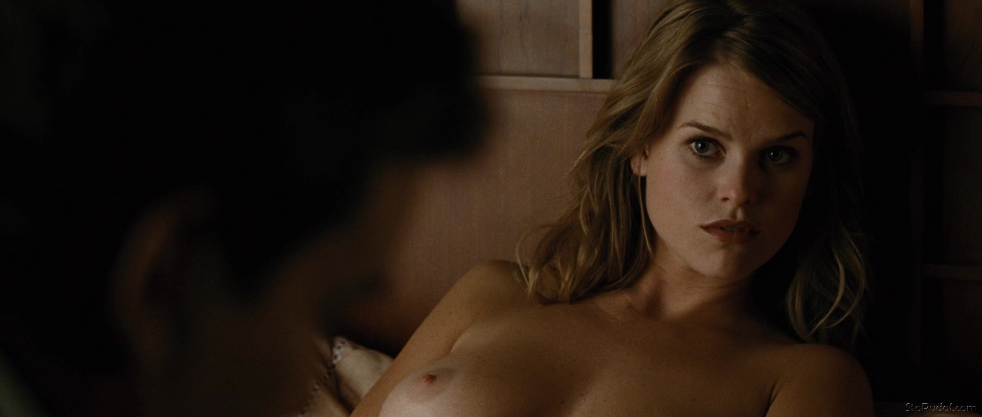 pictures of nude Alice Eve - UkPhotoSafari