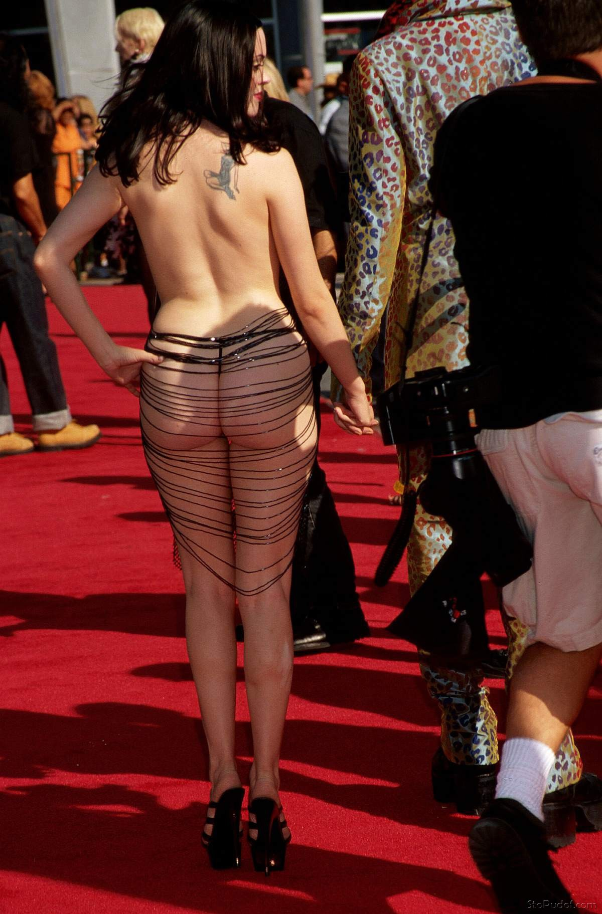 real Rose McGowan nude - UkPhotoSafari