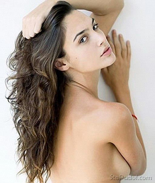 see naked Gal Gadot pictures - UkPhotoSafari