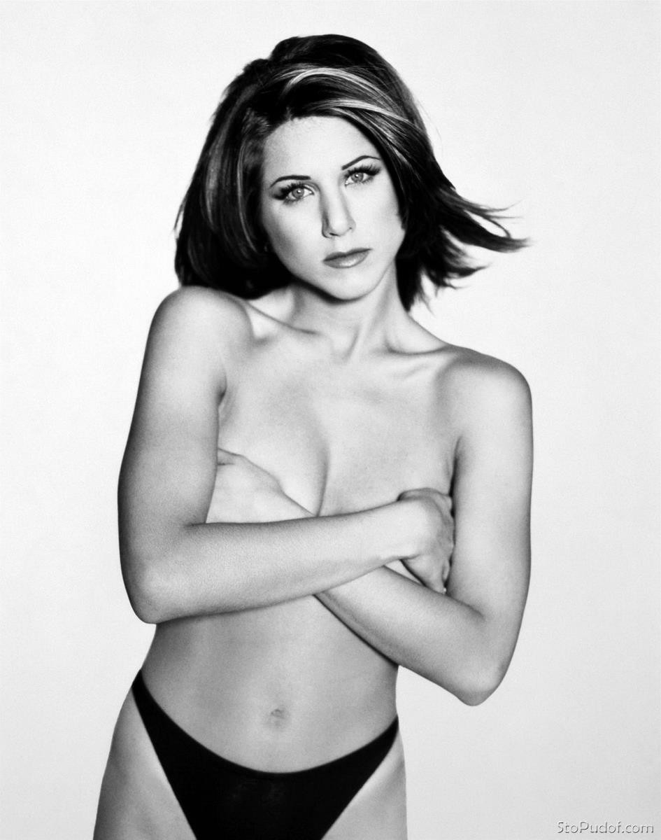 see pictures of Jennifer Aniston nude - UkPhotoSafari