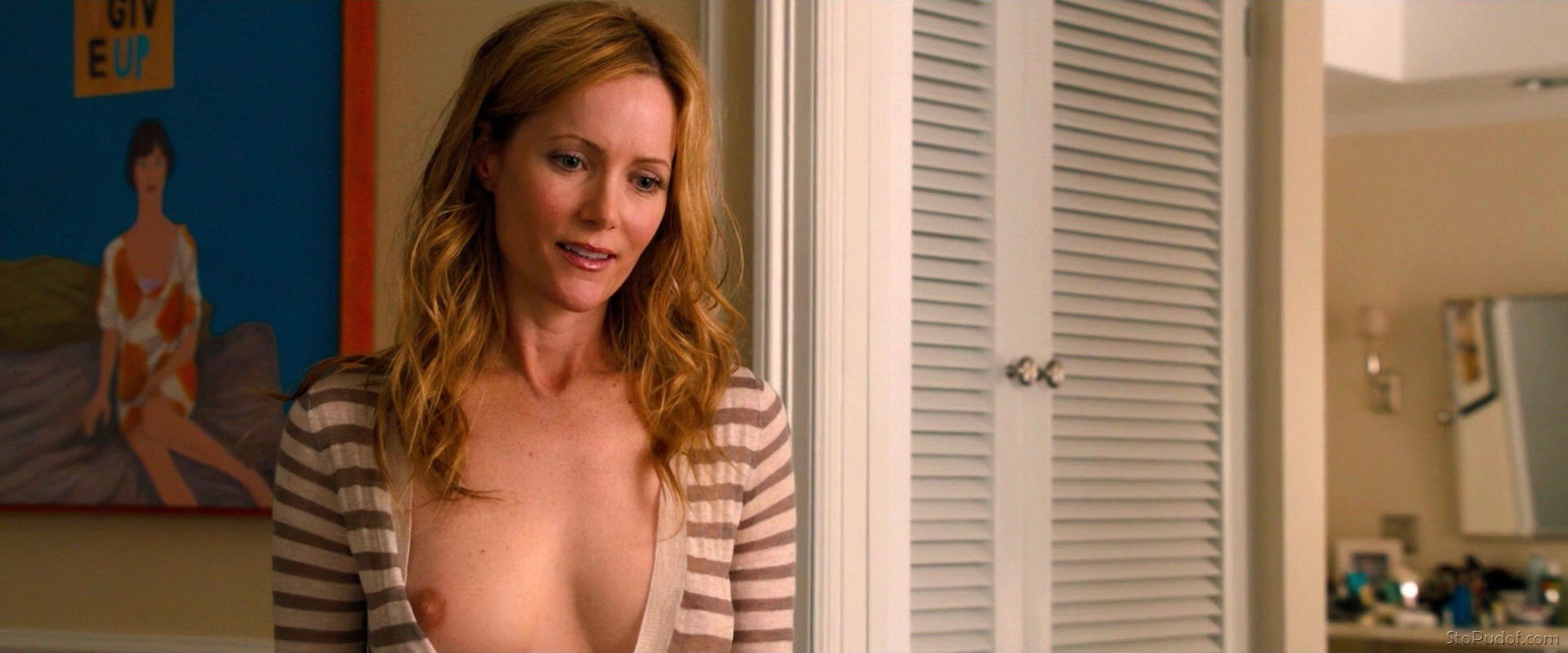 see pictures of Leslie Mann nude - UkPhotoSafari