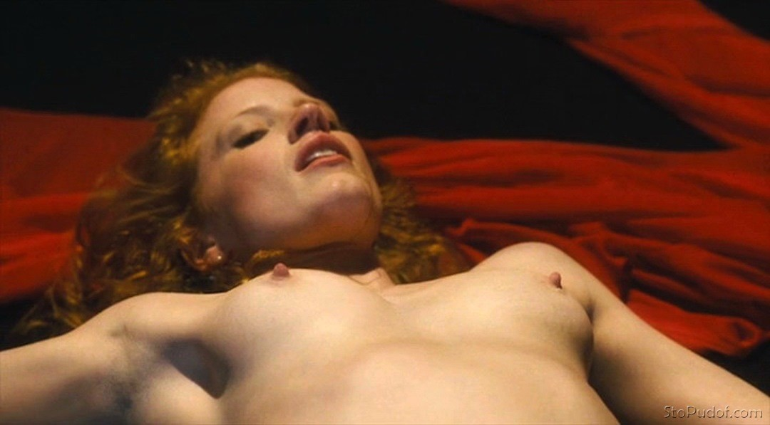 see the Jessica Chastain nude photos - UkPhotoSafari
