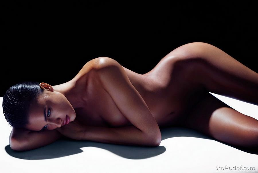 see the naked pictures of Irina Shayk - UkPhotoSafari