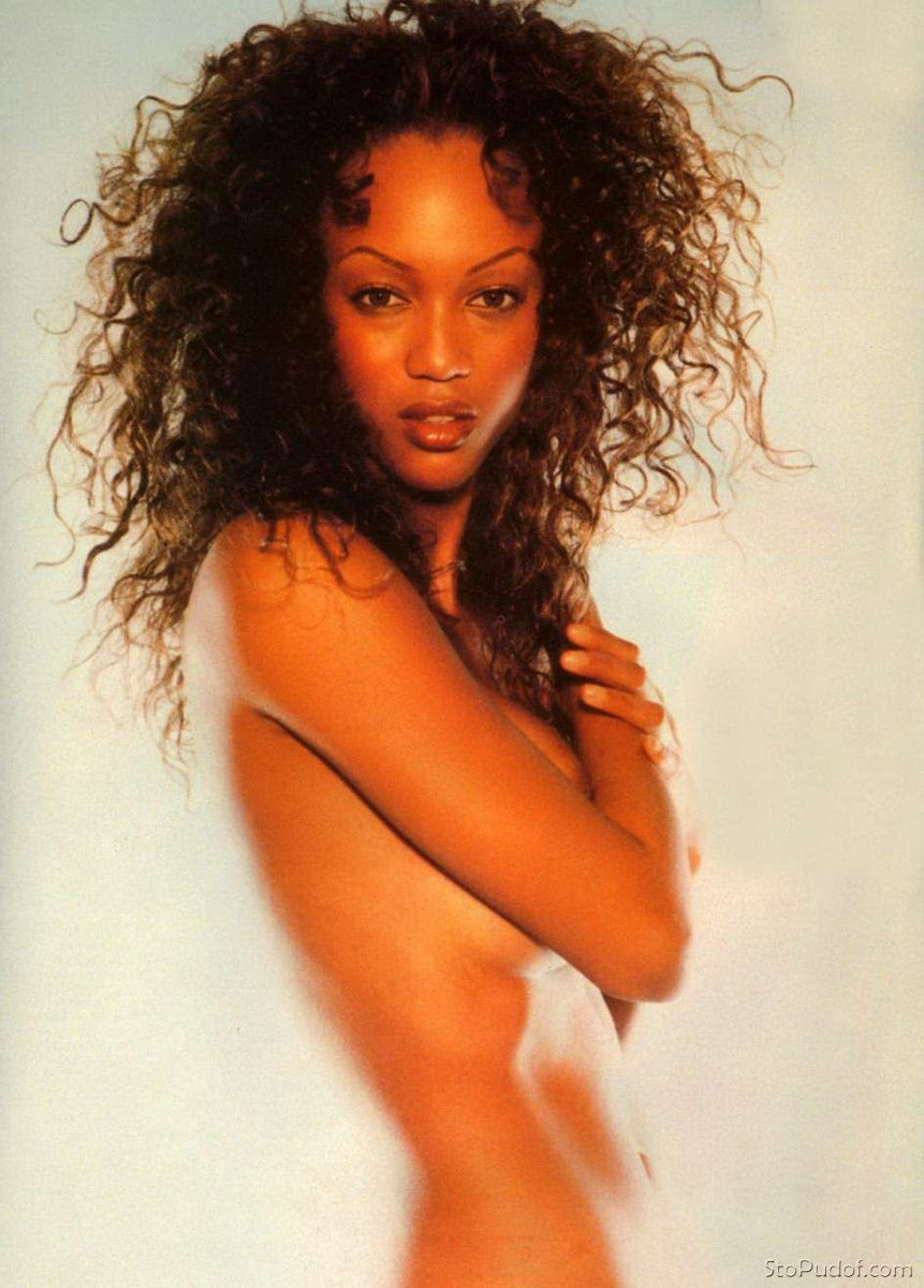 the nude photos of Tyra Banks - UkPhotoSafari